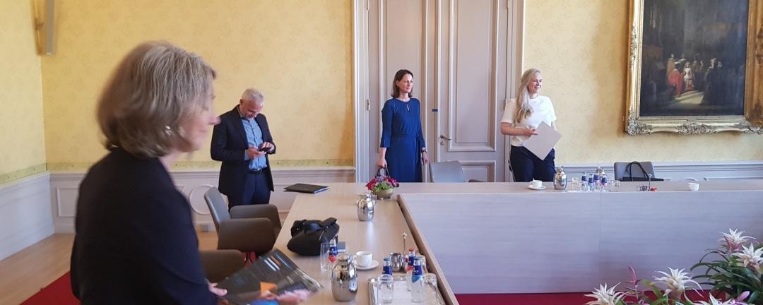 Michiel Steltman bezoekt informateur 28 mei 2021